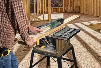 a table saw under 200