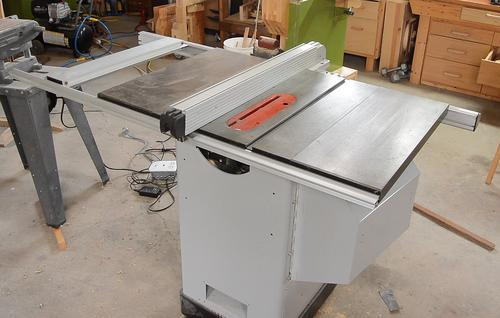 working-on-hybrid-table-saw