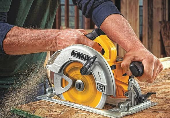 circular saw with carbide blade