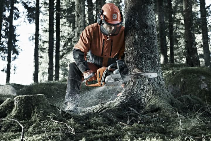 working with chainsaws
